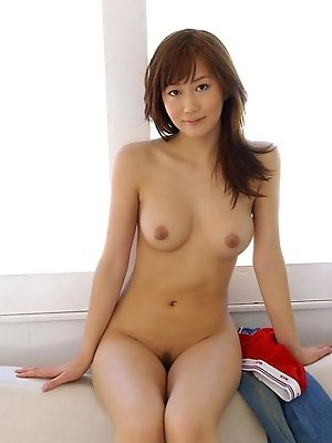 Yui Seto hot Asian model has a perfect shape and shows it off well